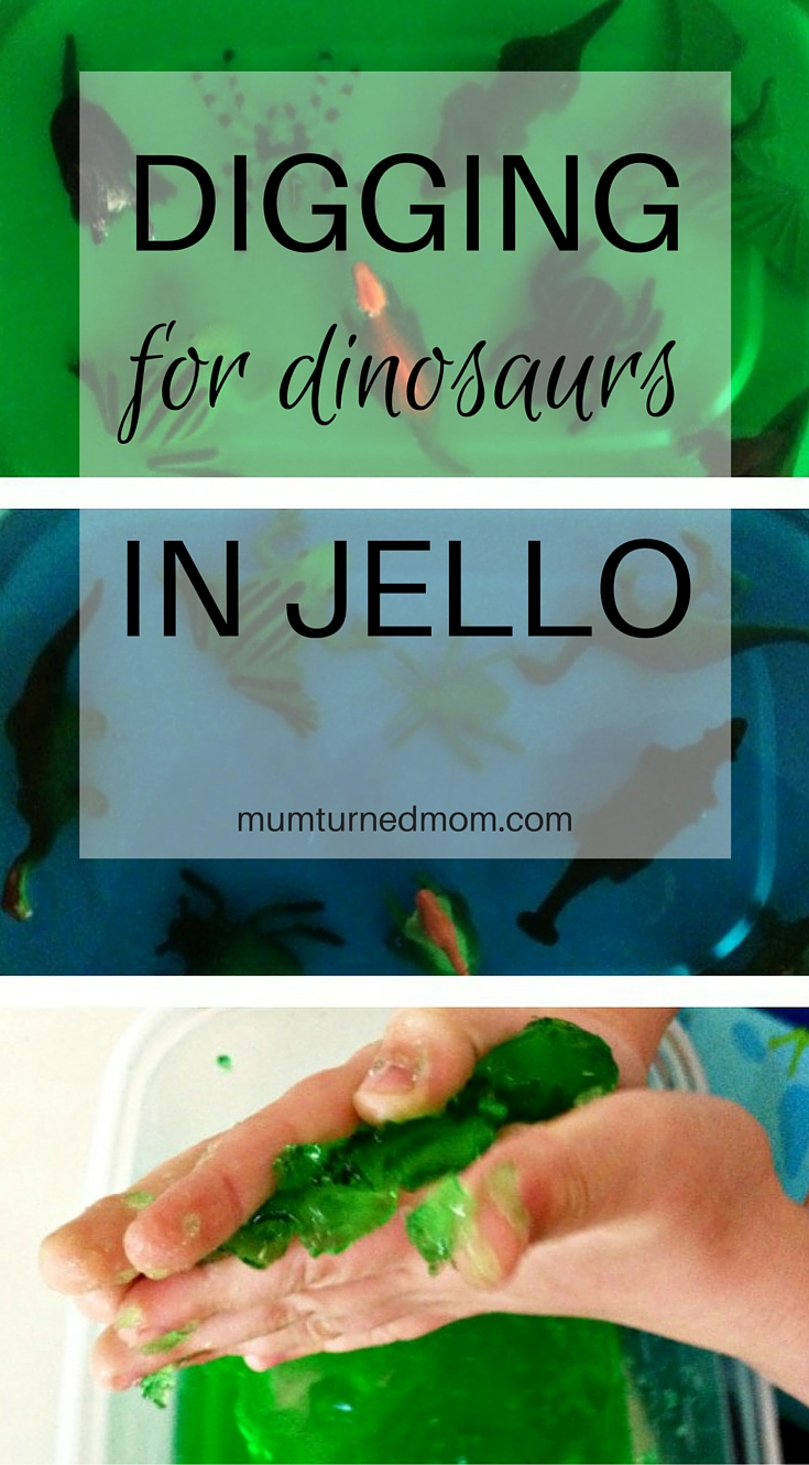 DINOSAURS IN JELLO: a fun and easy messy play activity using jello and plastic toys, perfect for toddlers (and bigger kids!).