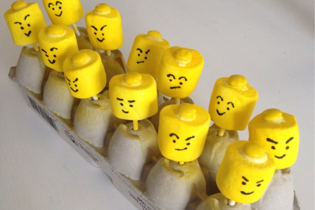 lego-head-pops-10