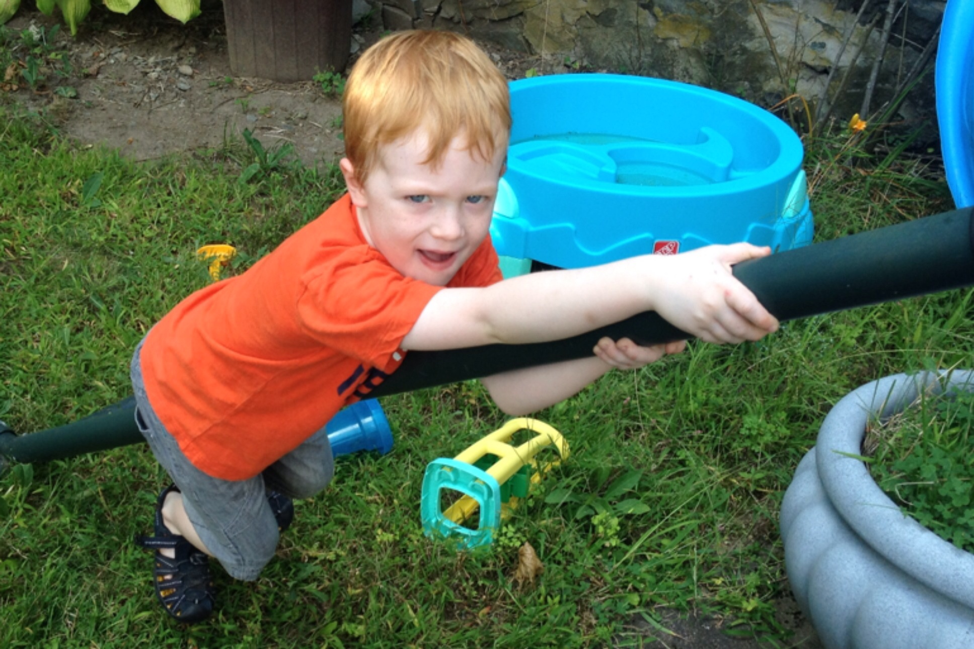 Country Kids: fun in our garden