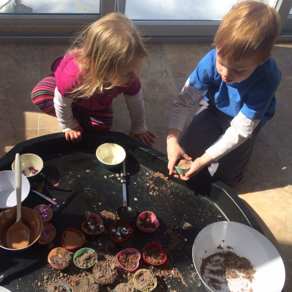 Mud Kitchen 20