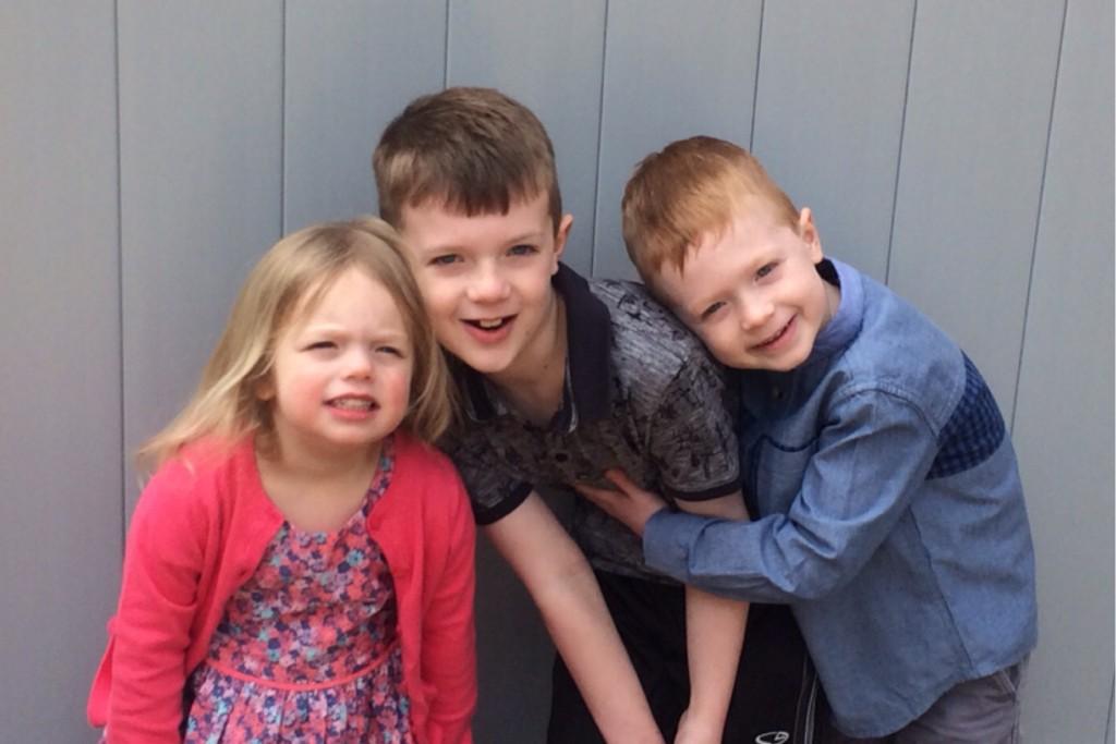 Siblings April 5