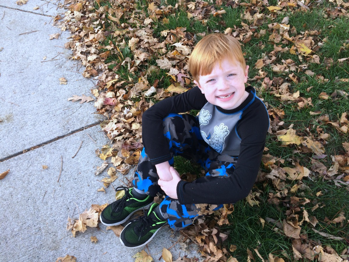 an-entertaining-walk-home-from-school-2