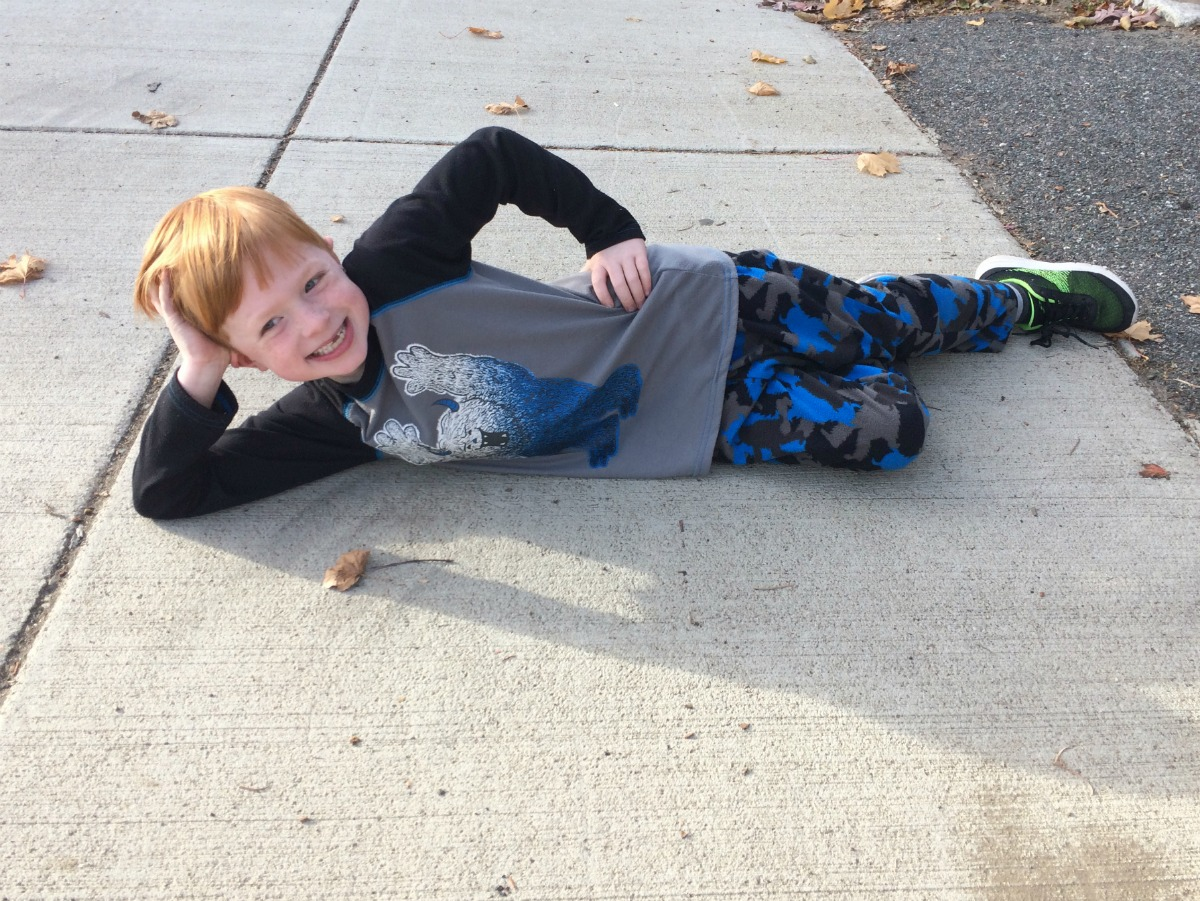 an-entertaining-walk-home-from-school-4