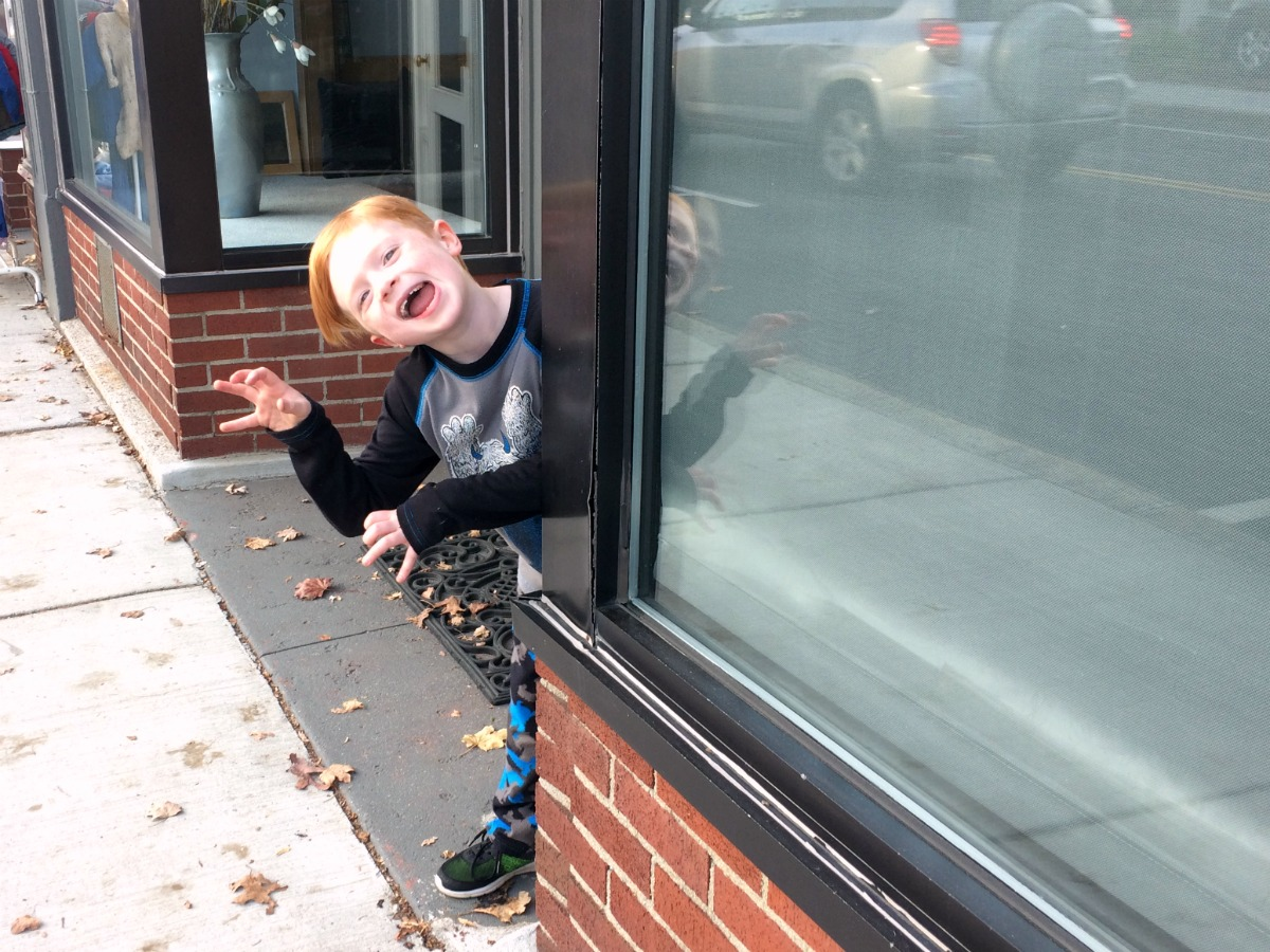 an-entertaining-walk-home-from-school-8