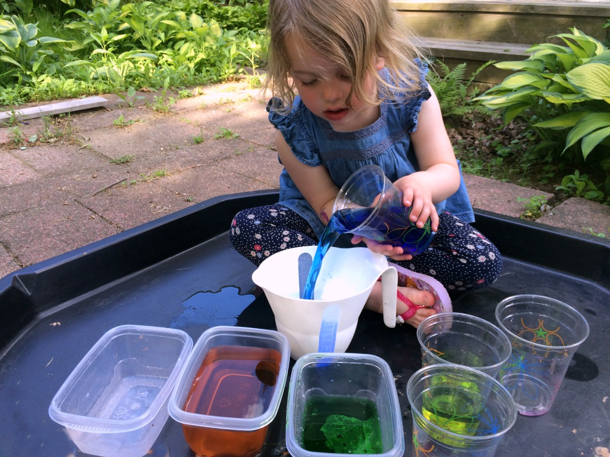 color-mixing-glitter-potions-7