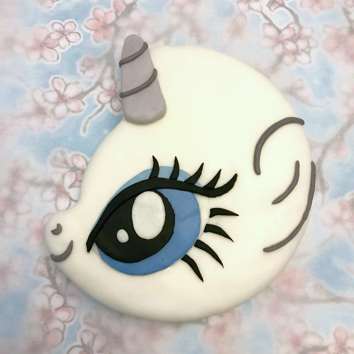 My Little Pony Cake Tutorial 7
